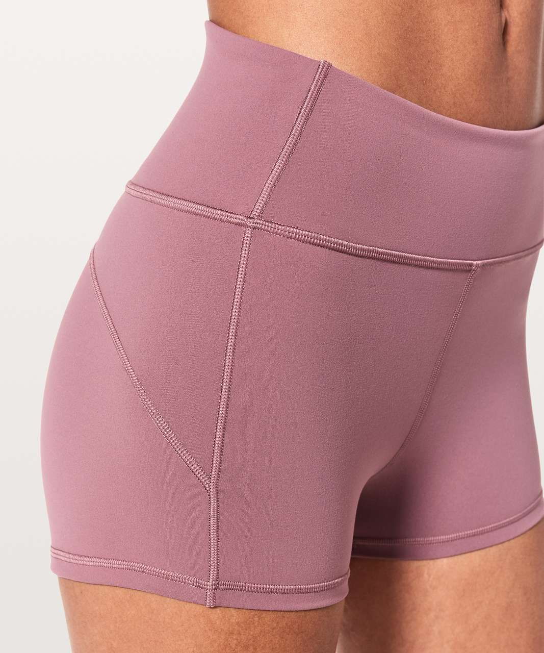 "Lululemon In Movement Short *Everlux 2.5"" - Figue"