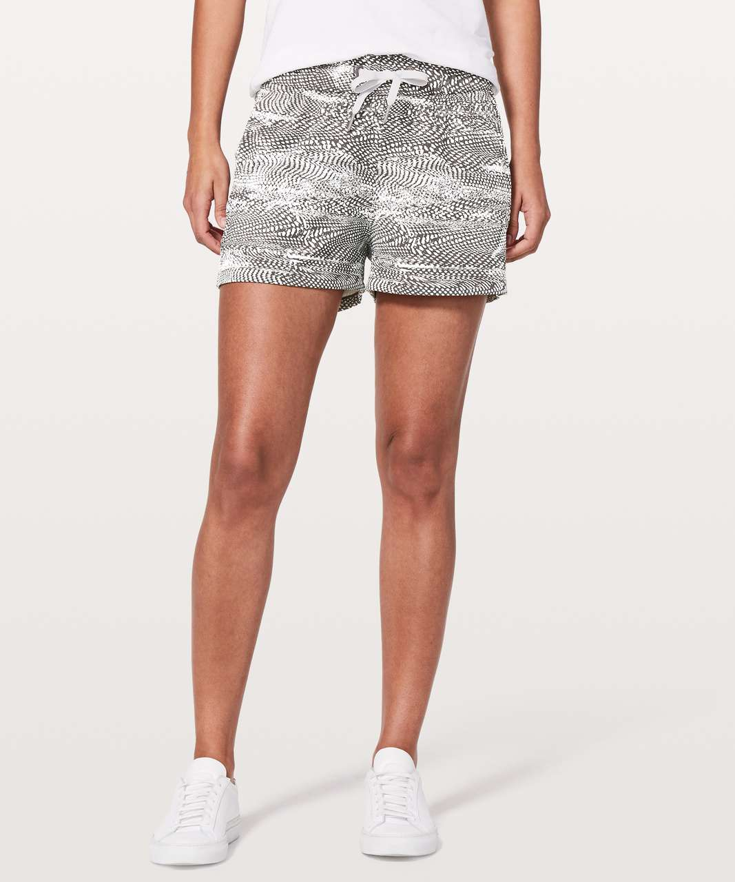 "Lululemon On The Fly Short *2.5"" - Swerve Vapor Metal Grey"