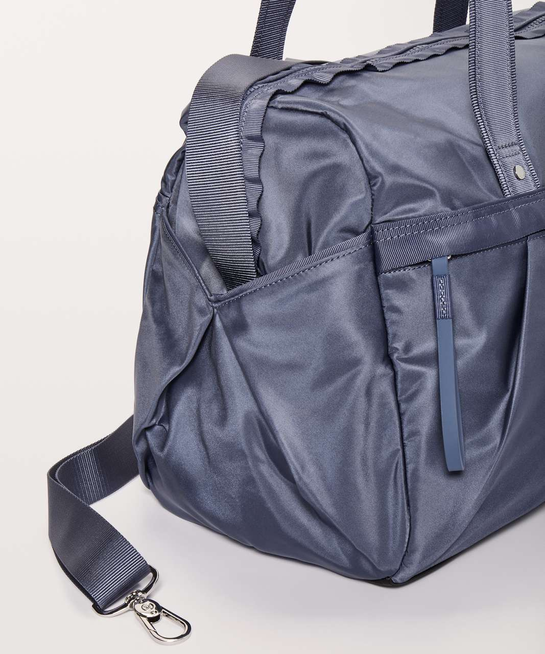 Lululemon All Day Duffel *Heatproof Pocket 31L - Shade
