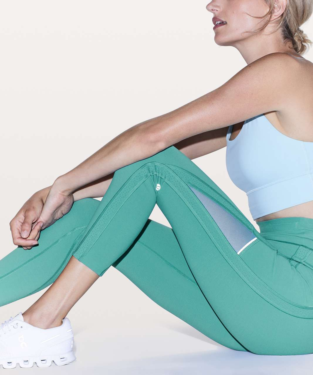 """Lululemon Chase The Pace 7/8 Tight *25"""" - Turquoise Sea"""