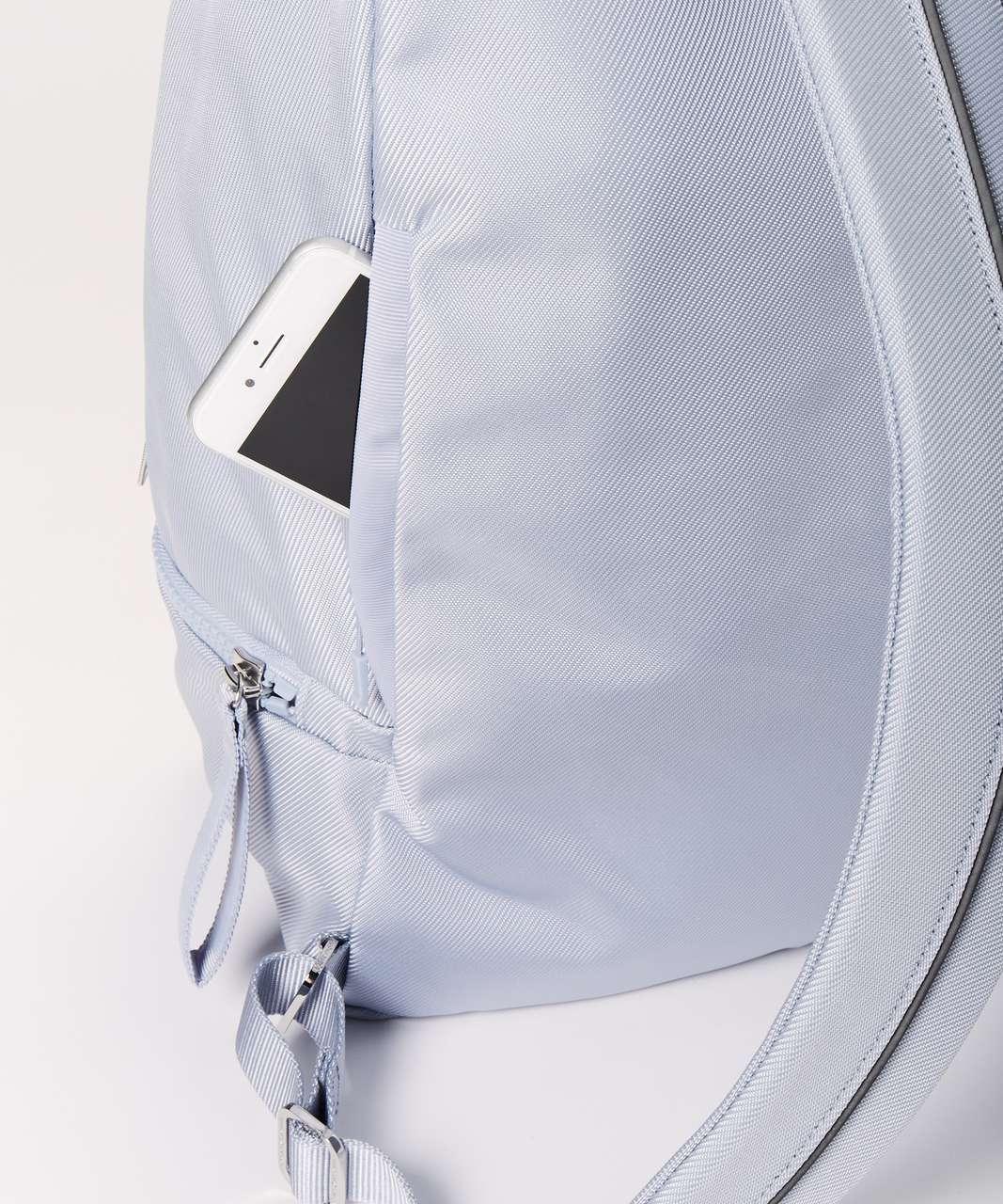 Lululemon City Adventurer Backpack *17L - Berry Mist