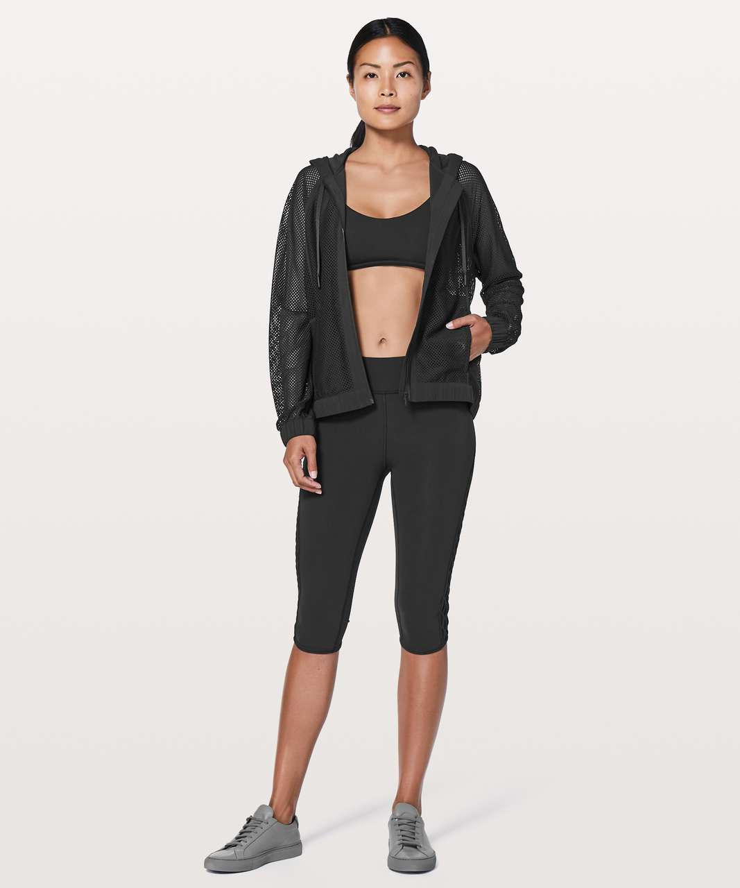 "Lululemon Love Knot Crop *15"" - Black"