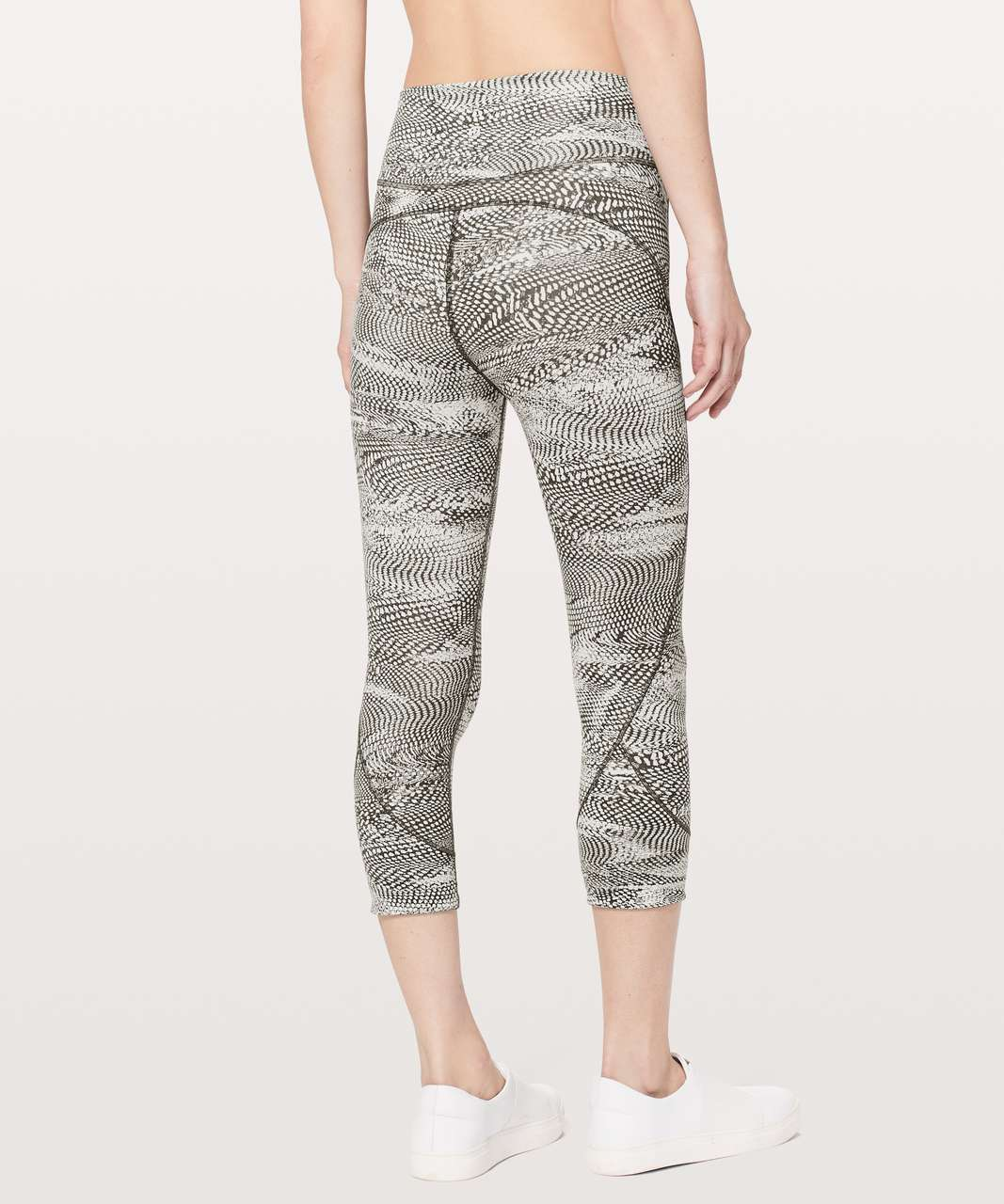 "Lululemon In Movement Crop *Everlux 19"" - Swerve Vapor Metal Grey"