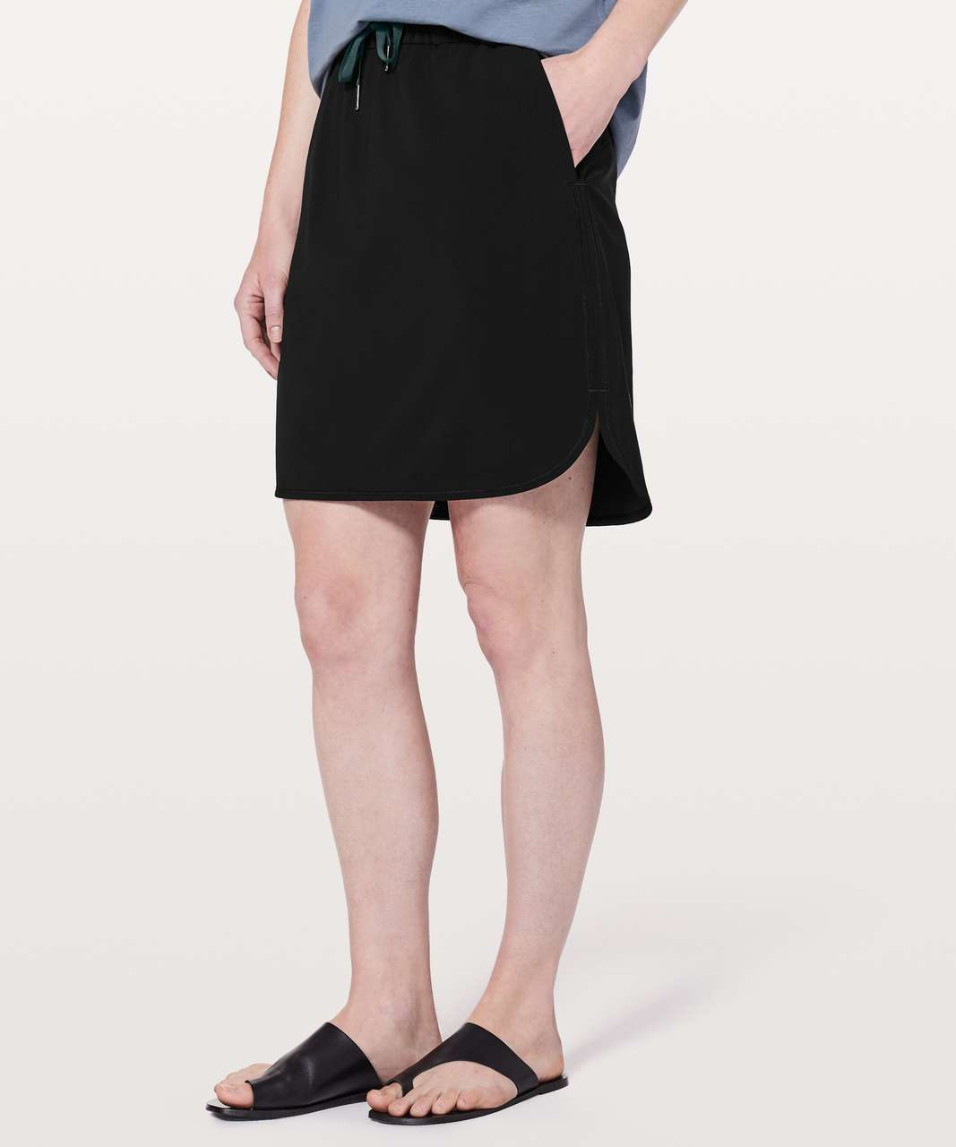 "Lululemon On The Fly Skirt  *21"" - Black"