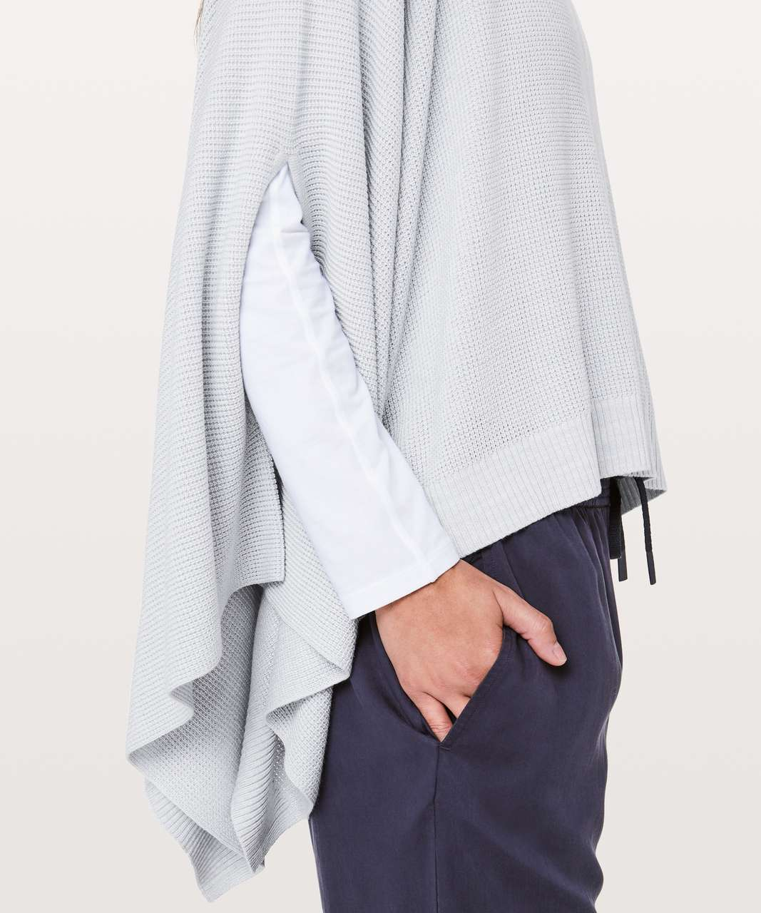 Lululemon Forward Flow Cape - Silver Fox / Alpine White (First Release)