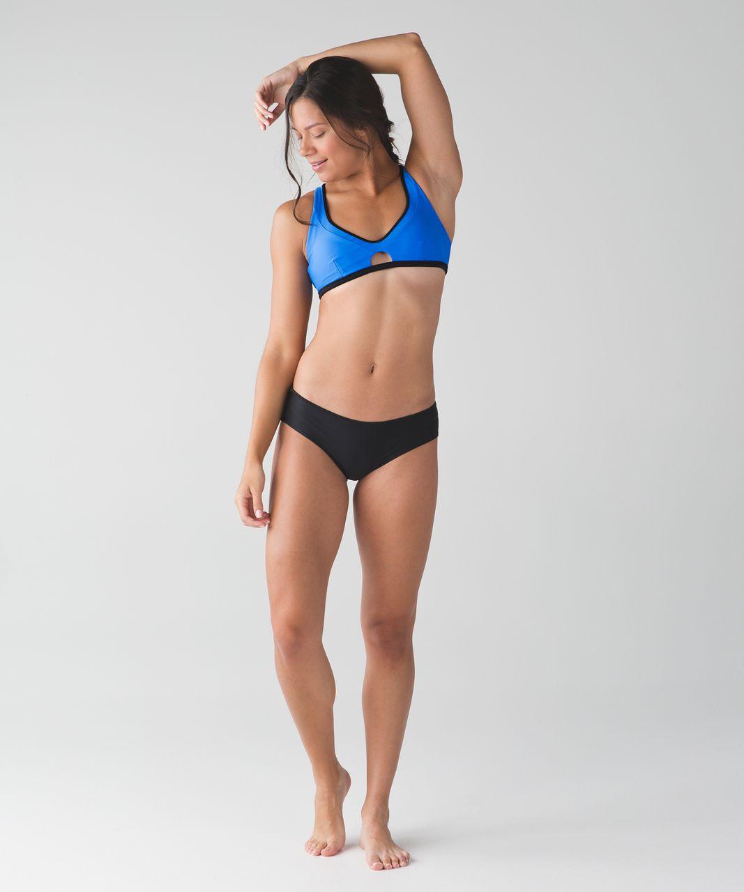 Lululemon Surf To Sand Sport Top II - Pipe Dream Blue / Black