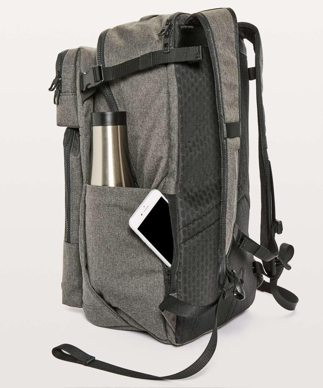 Lululemon Assert Backpack *30L - Heathered Core Dark Grey / Black
