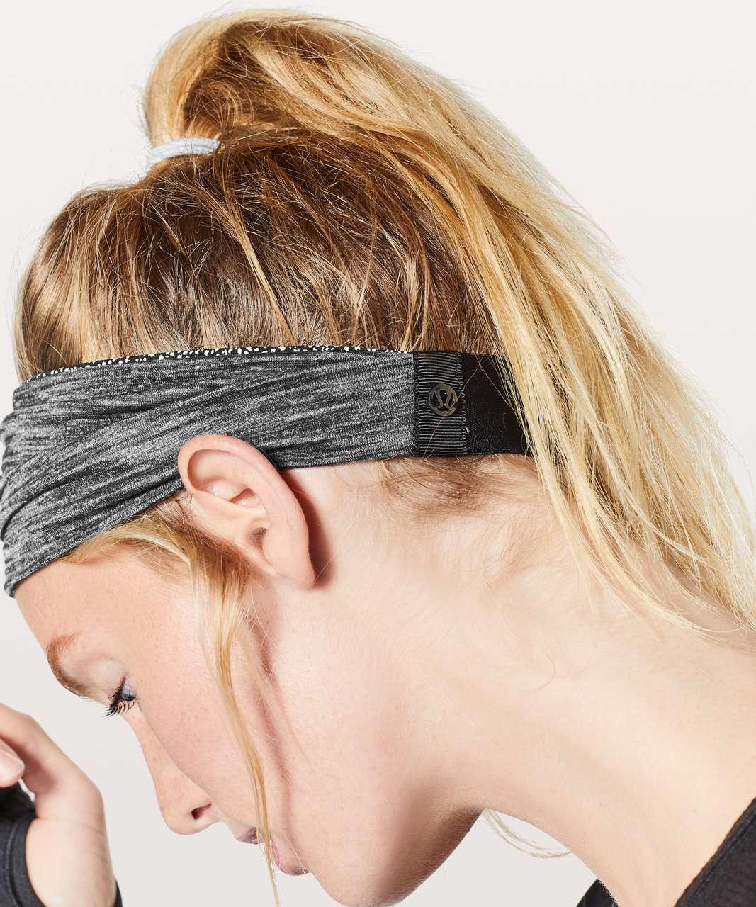 Lululemon Fringe Fighter Headband - Chakra Print Alpine White Black / Heathered Black
