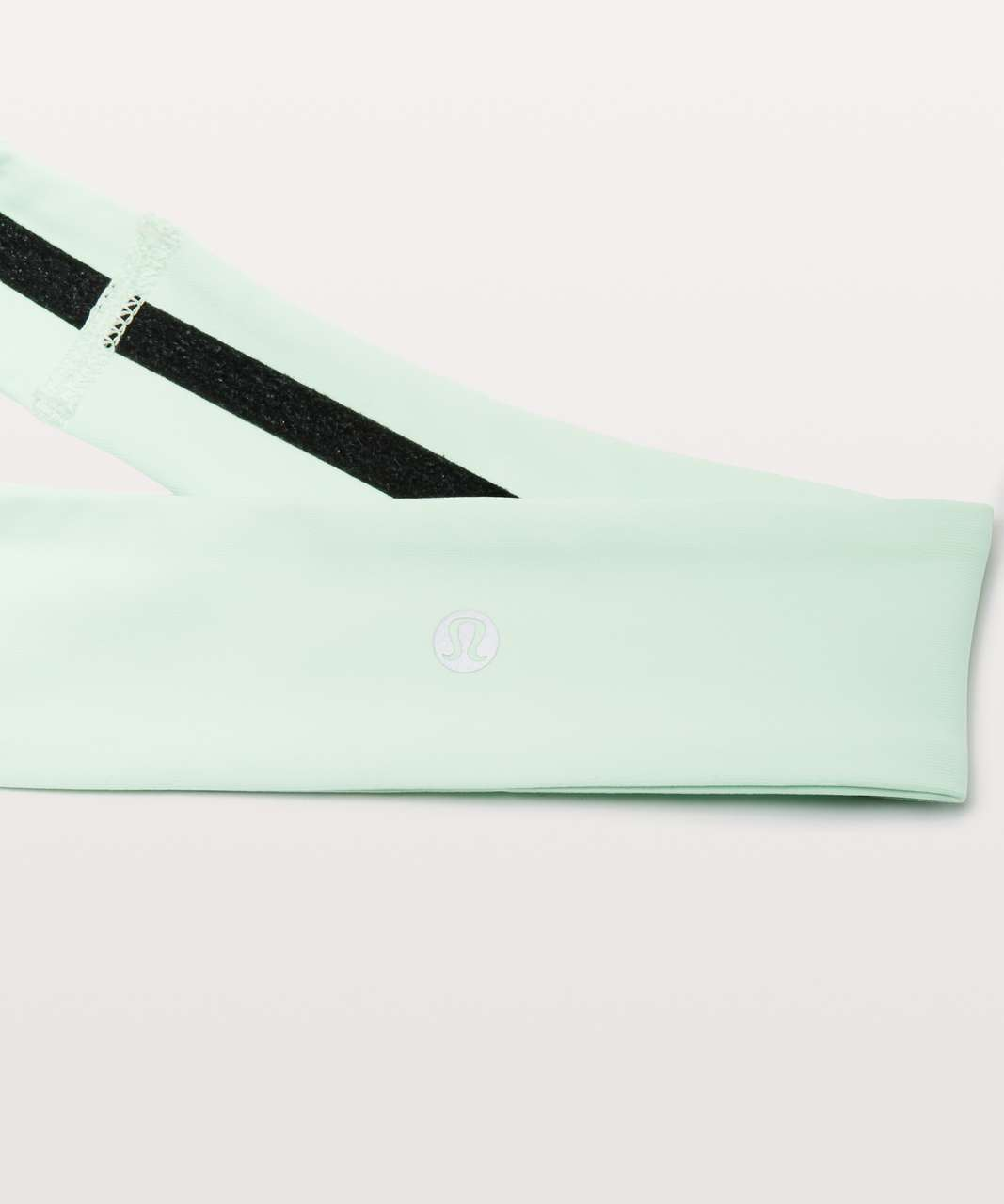 Lululemon Fly Away Tamer Headband II *Luxtreme - Citra Lime