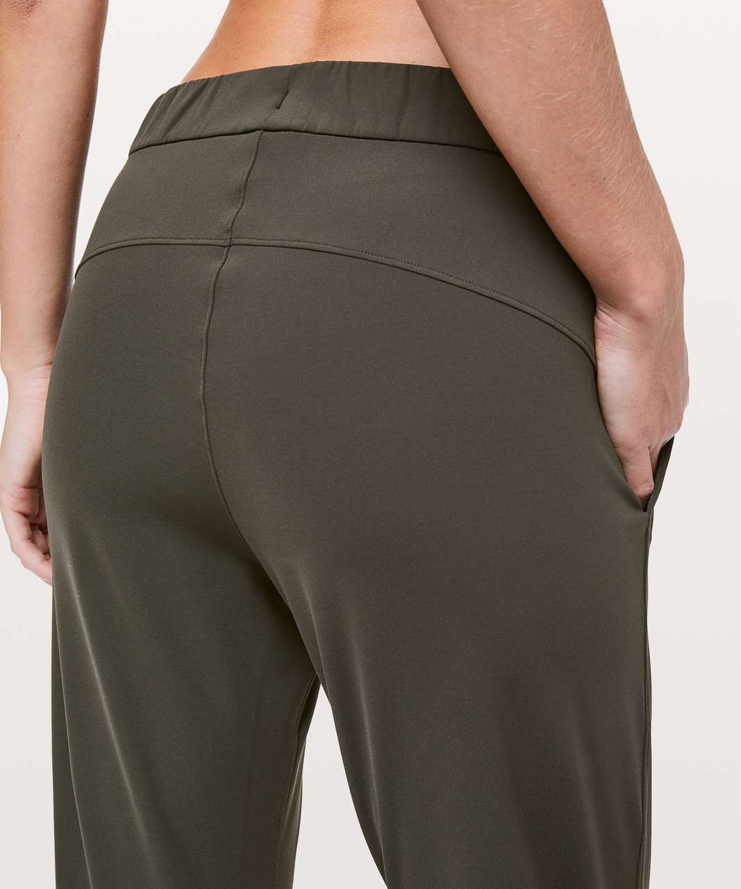 """Lululemon On The Fly Crop *23"""" - Dark Olive (First Release)"""
