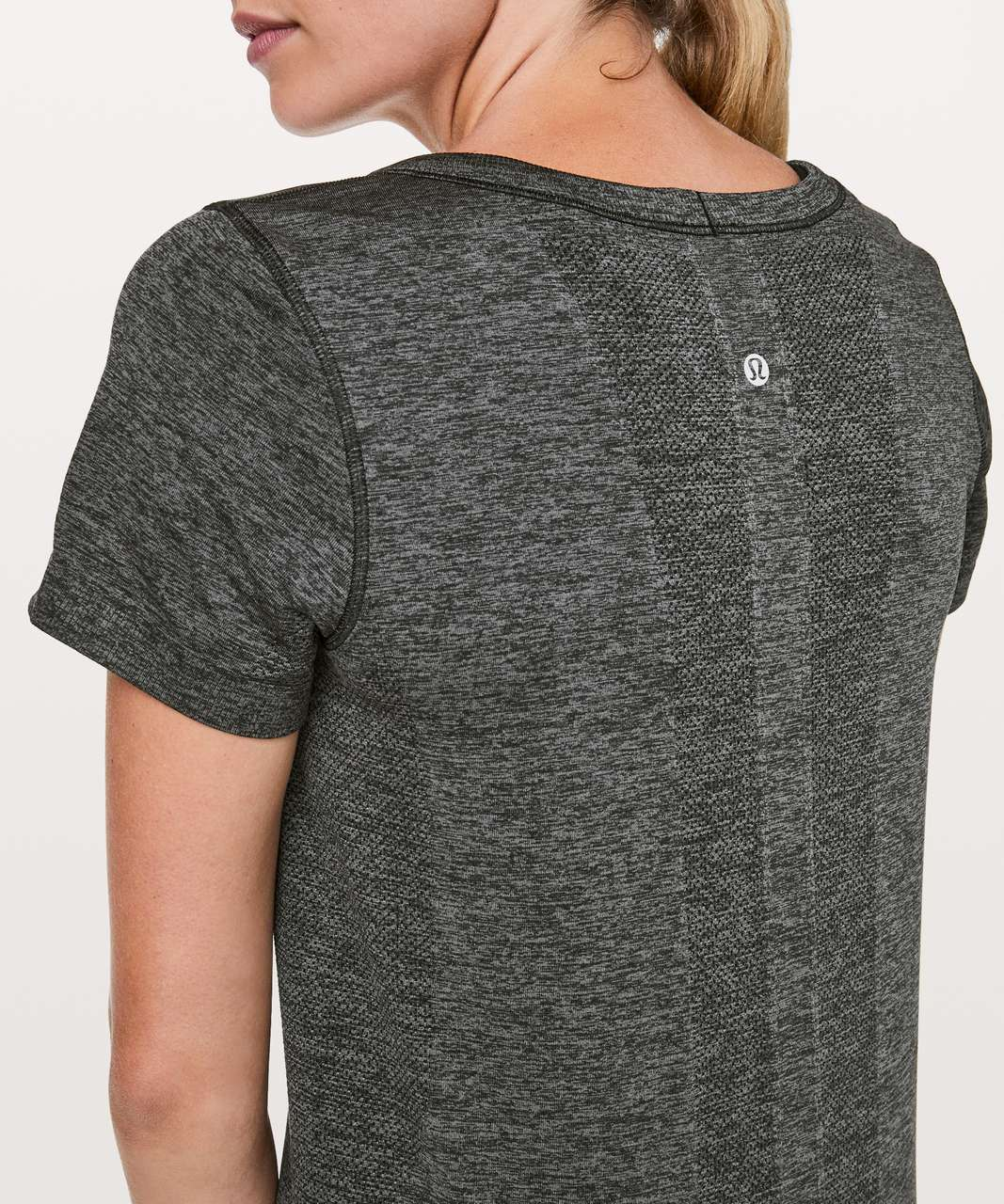 Lululemon Swiftly Tech Short Sleeve (Breeze) *Relaxed Fit - Black / Anchor