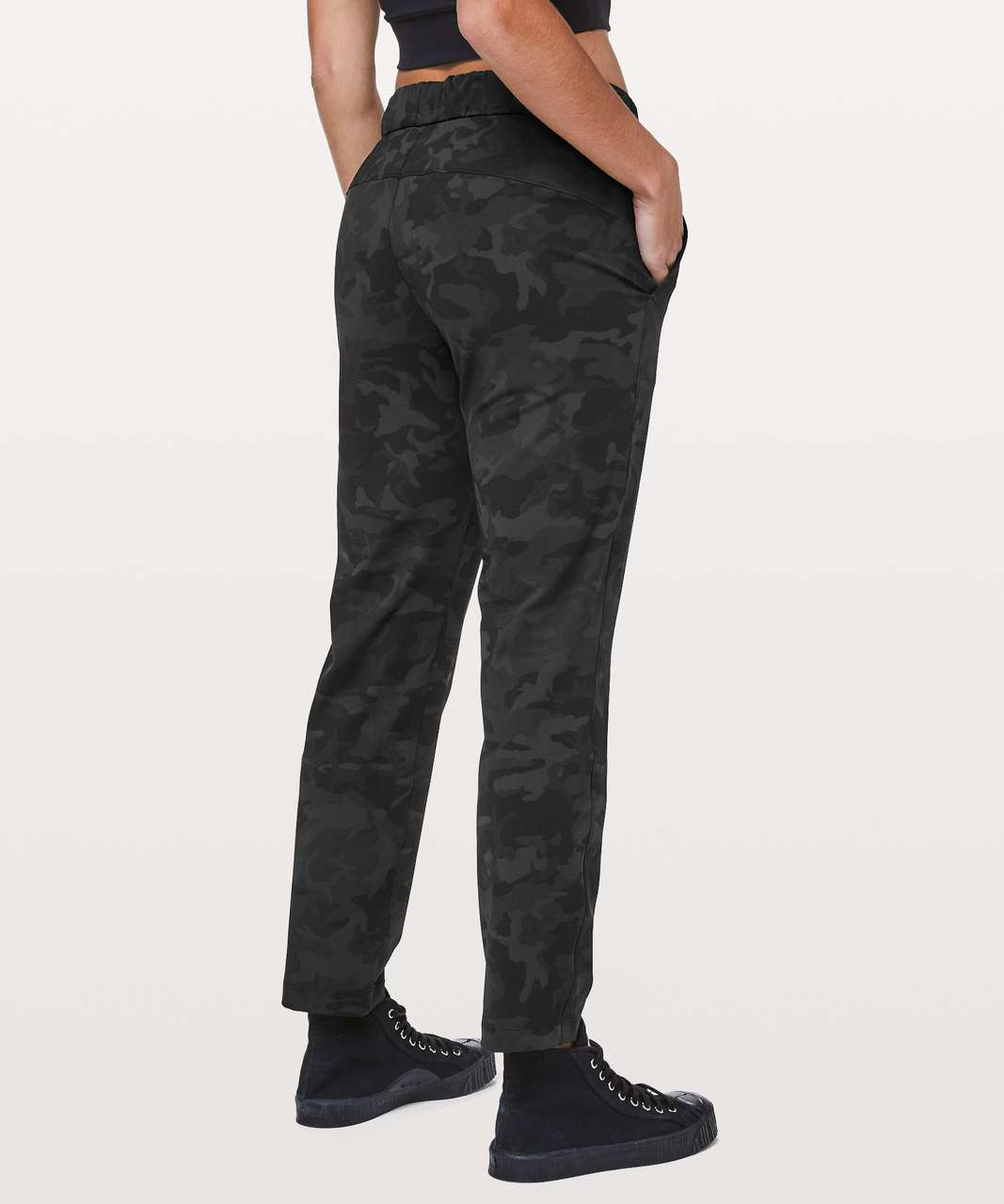 """Lululemon On The Fly Pant *28"""" - Incognito Camo Multi Grey / Coal"""