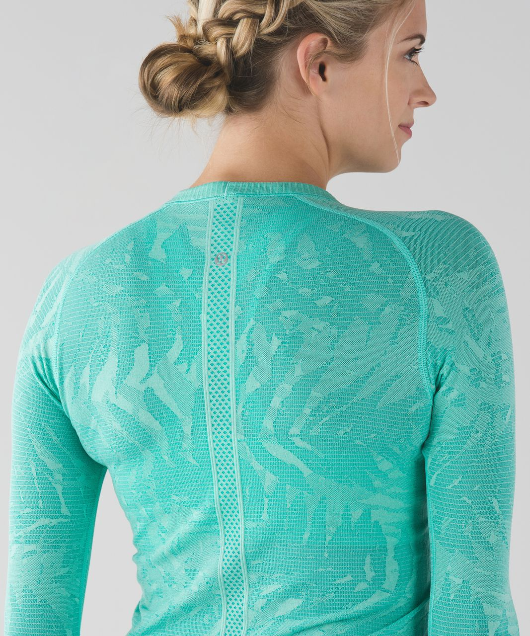 Lululemon Swiftly Tech Long Sleeve Crew - Heathered Bali Breeze