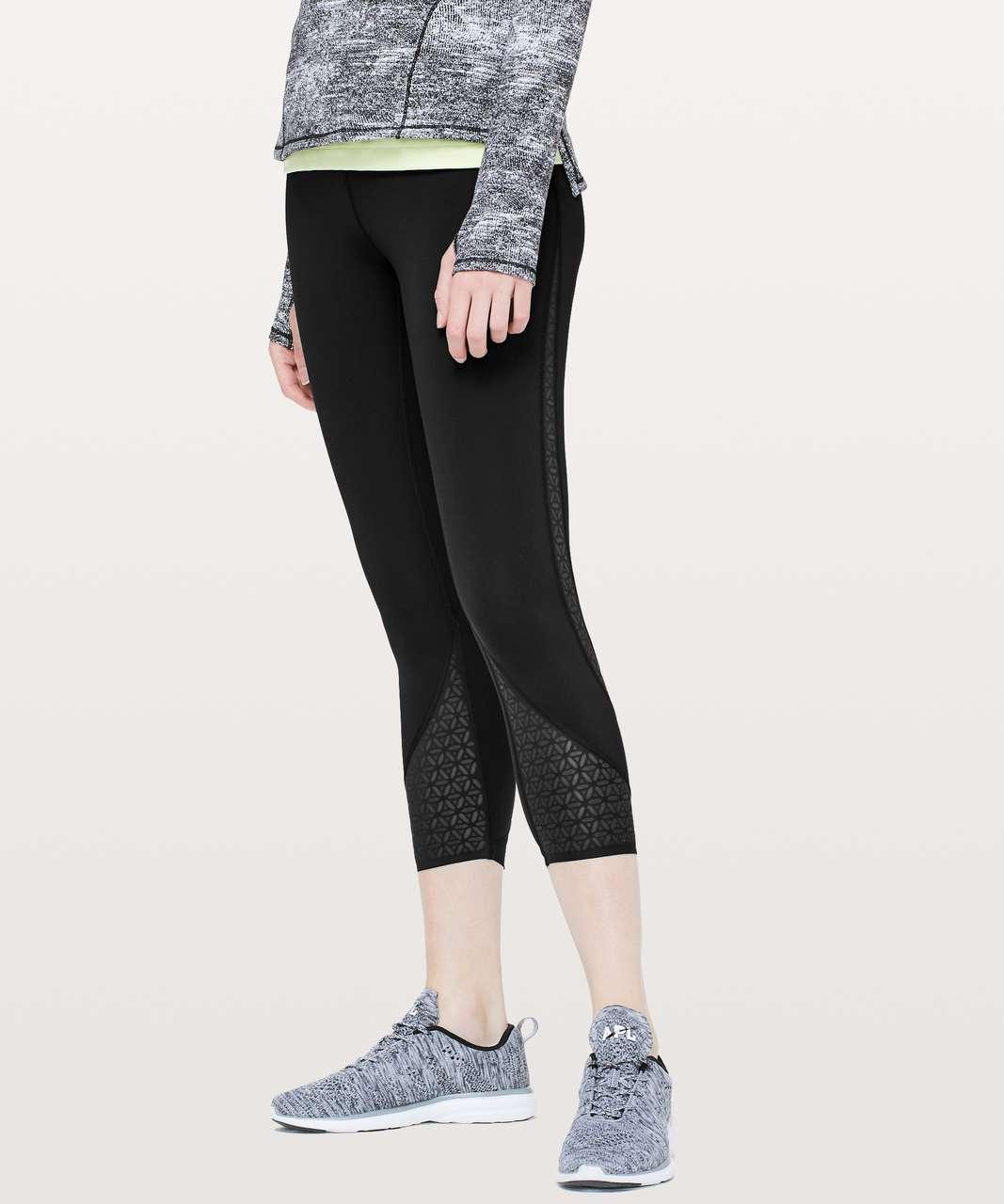 0b349a667 Lululemon Strength   Sweat Crop  23