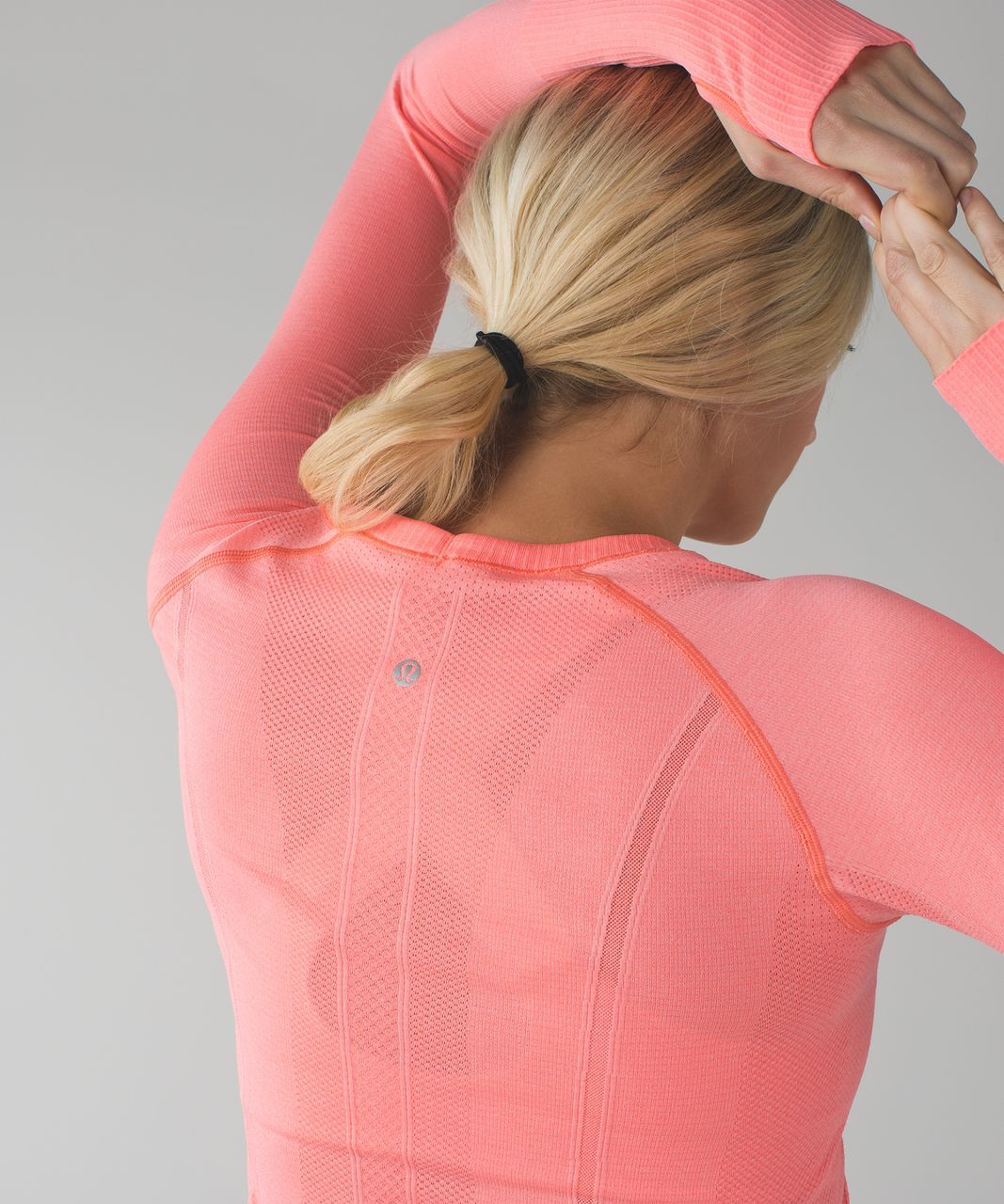 Lululemon Swiftly Tech Long Sleeve Crew - Heathered Very Light Flare (First Release)