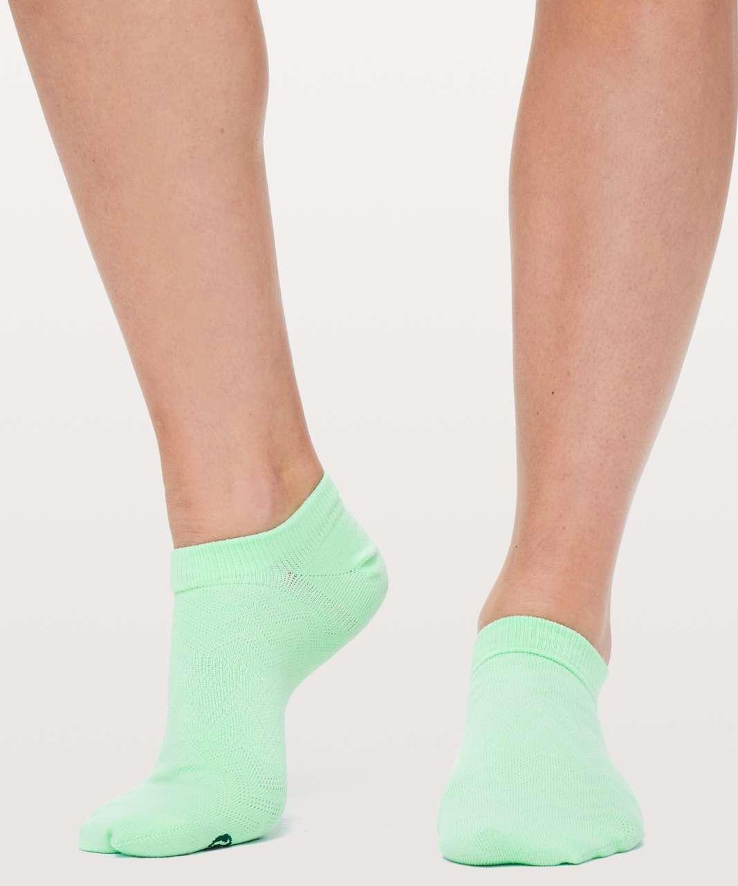 Lululemon On The Fly Sock - Citra Lime