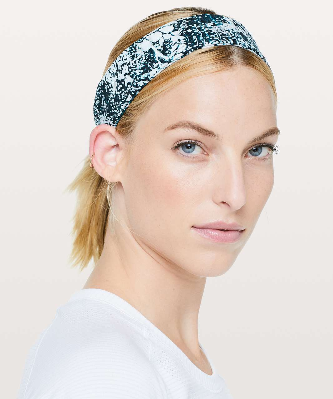 Lululemon Fly Away Tamer Headband II *Luxtreme - Wildwood Multi