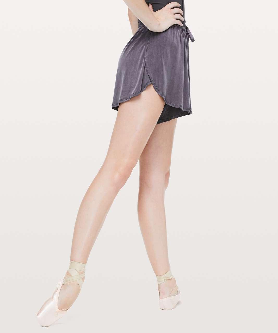 "Lululemon Principal Dancer Short *3"" - Moonwalk"