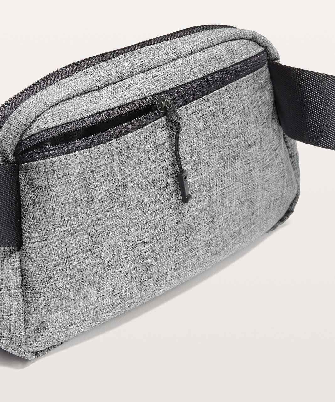 Lululemon Everywhere Belt Bag *1L - Heathered Black / Black