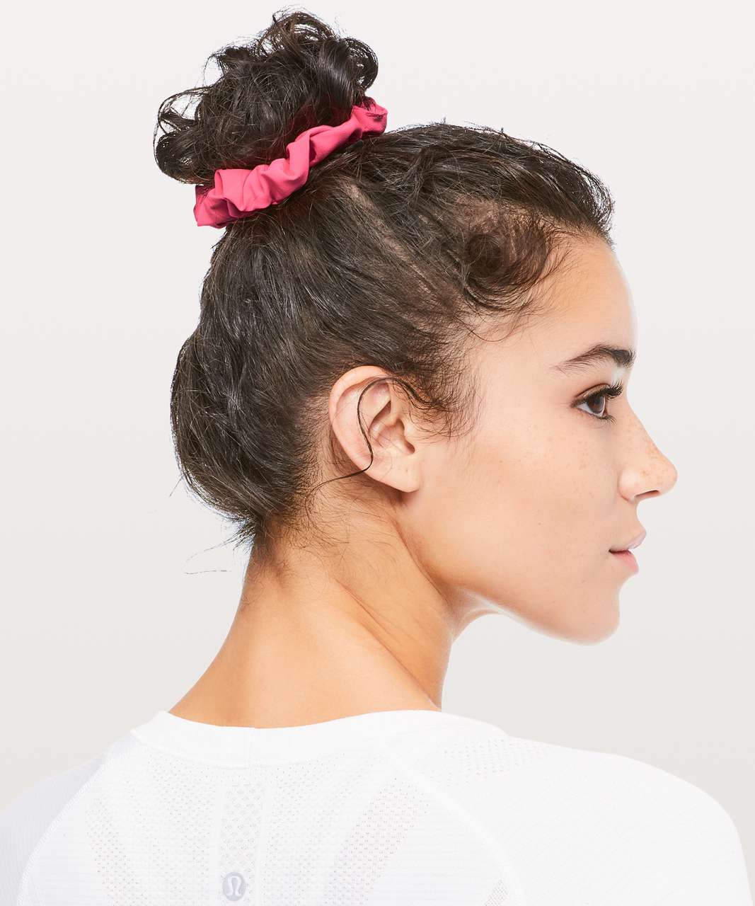 Lululemon Uplifting Scrunchie - Neon Pink