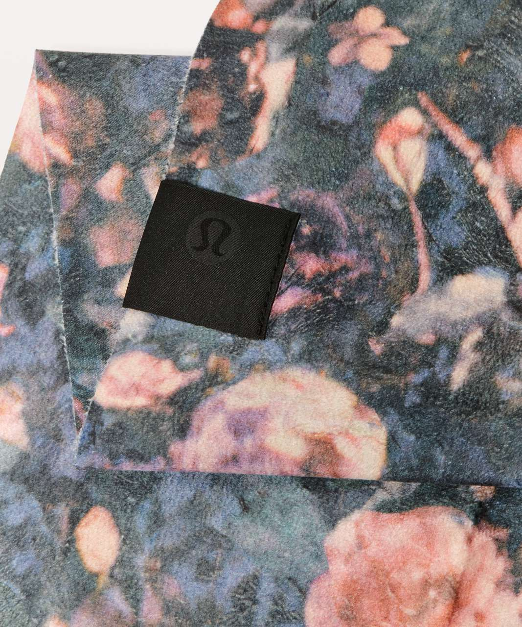 Lululemon The (Small) Towel - Frosted Rose Multi
