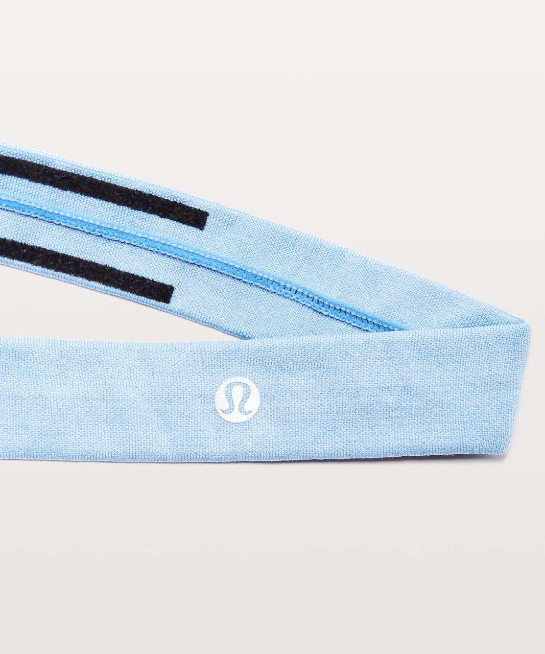 Lululemon Cardio Cross Trainer Headband - Sinatra Blue / White