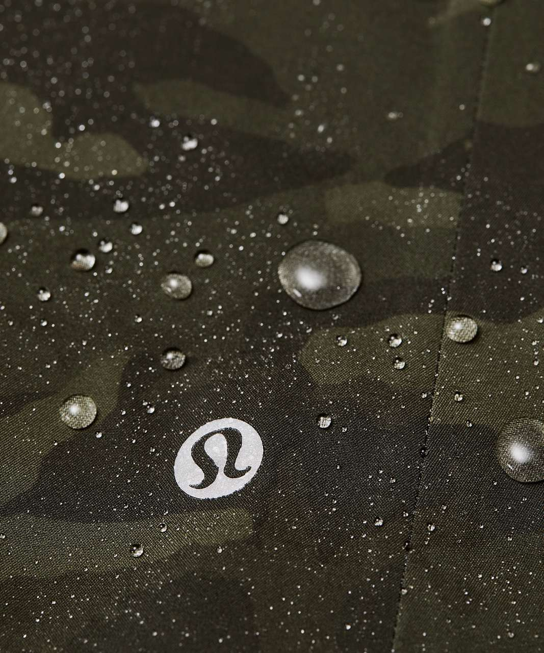 Lululemon The Rain Is Calling Jacket II - Incognito Camo Multi Gator Green