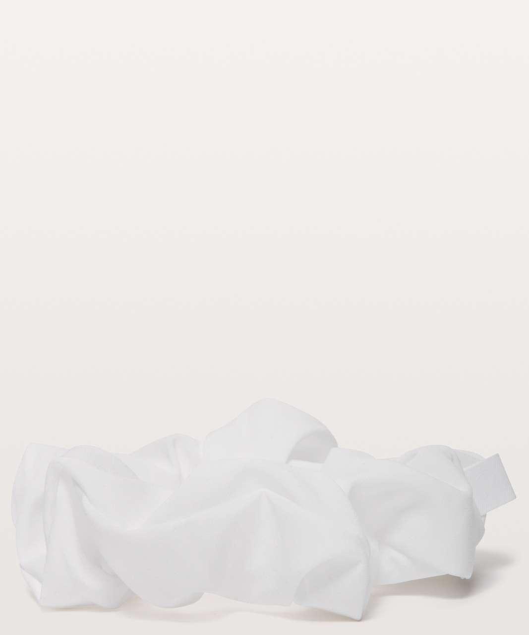 Lululemon Uplifting Scrunchie - White (Third Release)