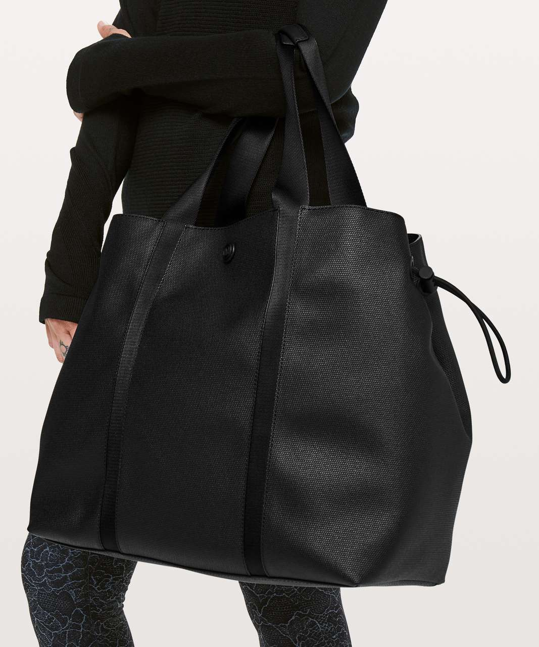 Lululemon Day Out Tote *16L - Black