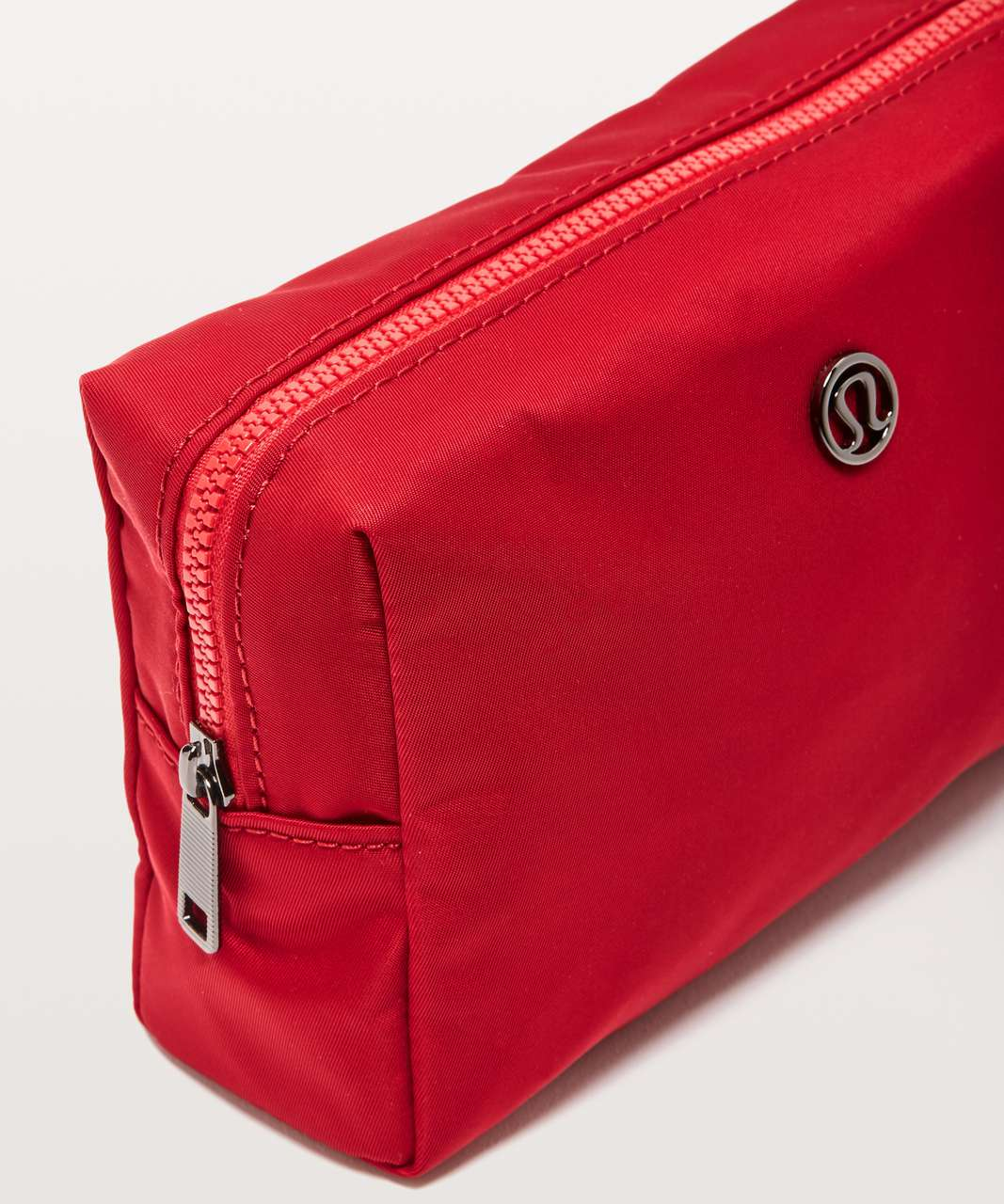 Lululemon All Your Small Things Pouch *Mini 2L - Dark Red (First Release)