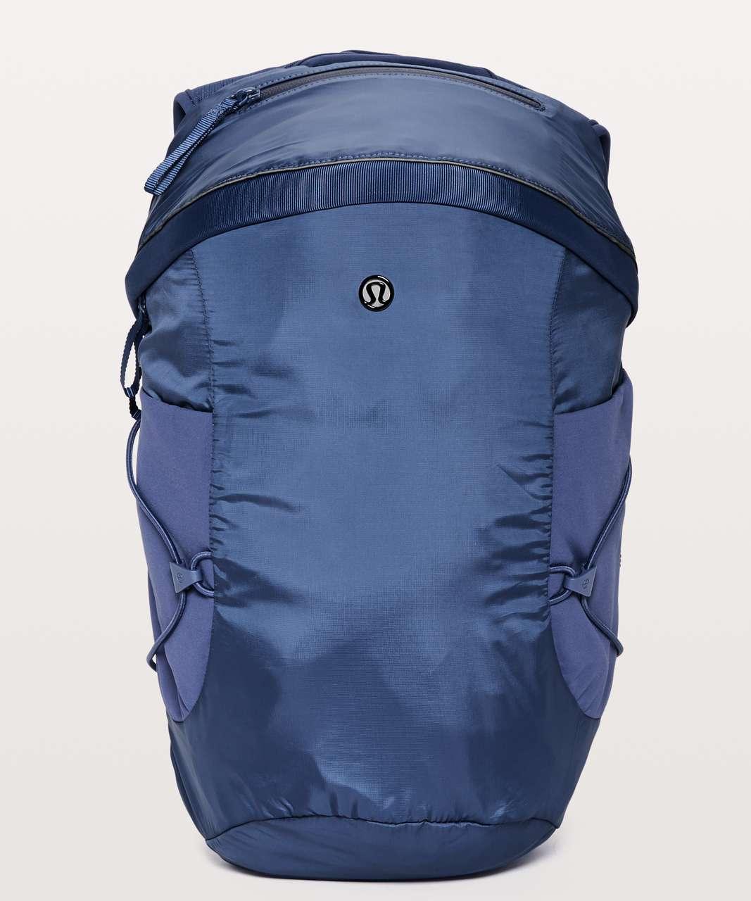 Lululemon Run All Day Backpack II *13L - Gatsby Blue