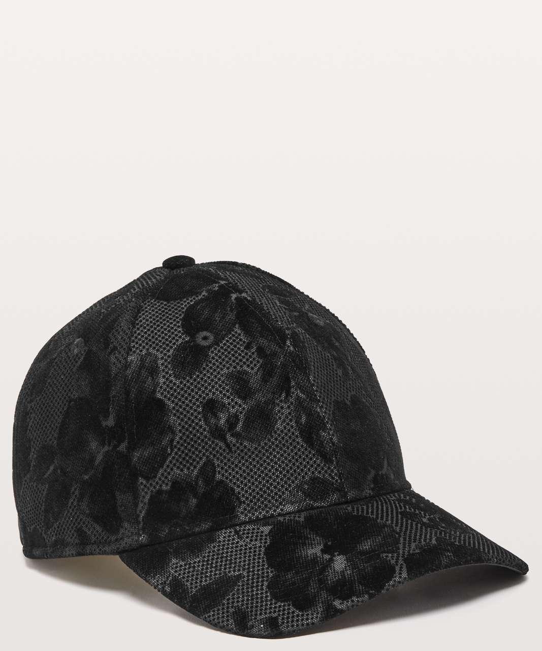 Lululemon Baller Hat *Flocked - Black / Silver Reflective