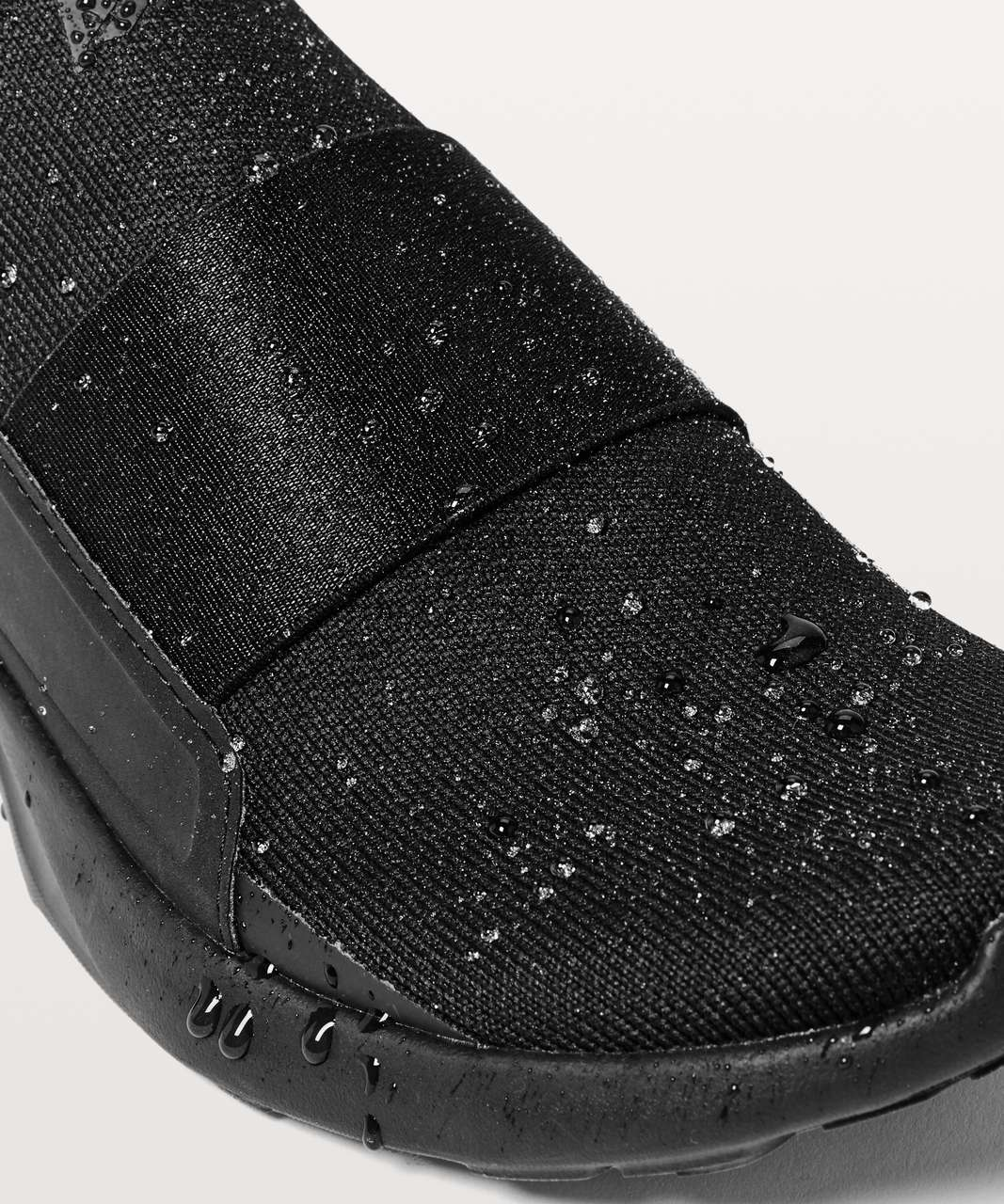 Lululemon Womens Bliss Water Resistant Shoe - Black / Black