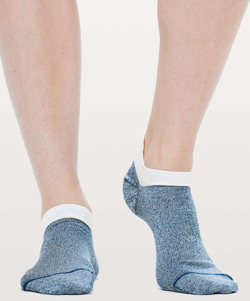 Lululemon Light Speed Sock *Silver - Poseidon / White