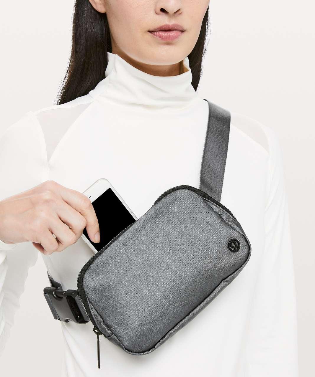 Lululemon Everywhere Belt Bag *1L - TB2 Shiny Black