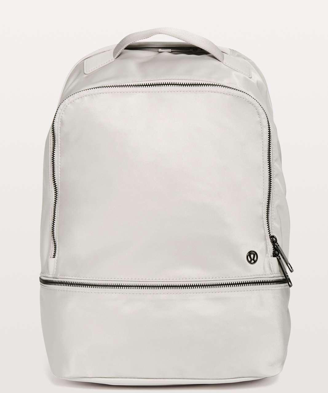 Lululemon City Adventurer Backpack *17L - Chrome