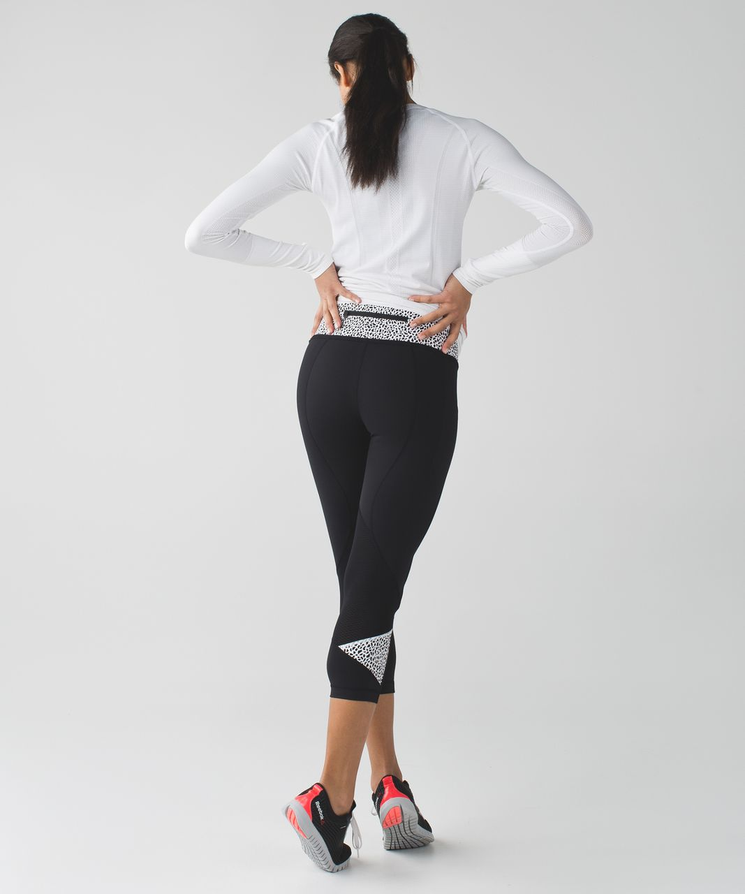 Lululemon Pace Rival Crop - Black / Miss Mosaic Black