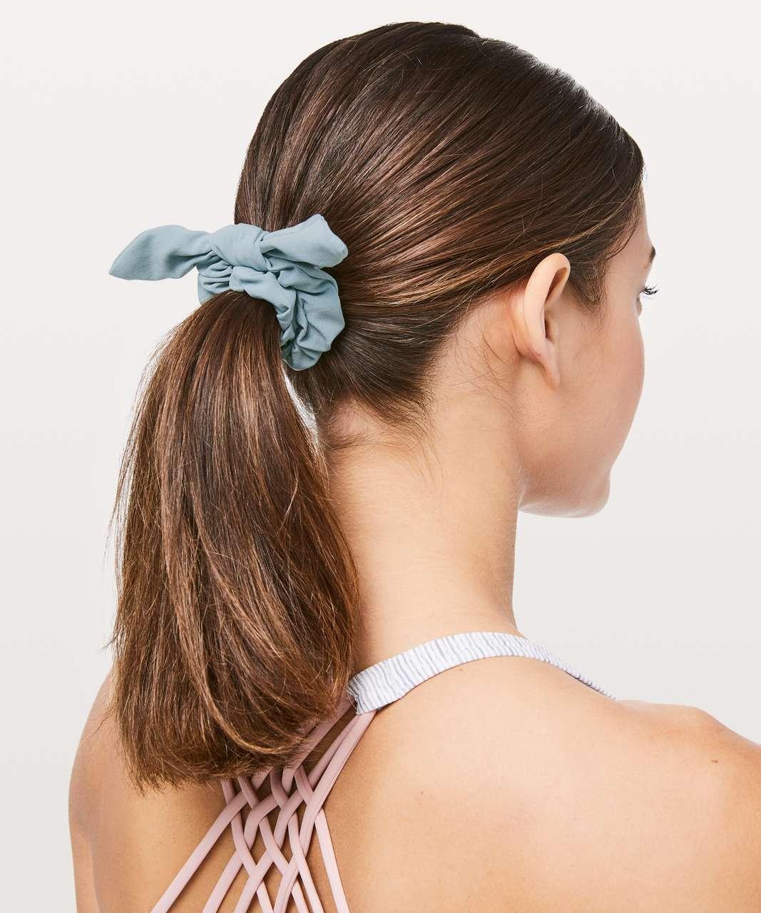 Lululemon Uplifting Scrunchie *Bow - Blue Cast
