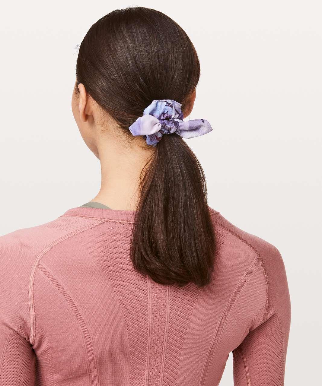 Lululemon Uplifting Scrunchie *Bow - Sunrise Silhouette Multi