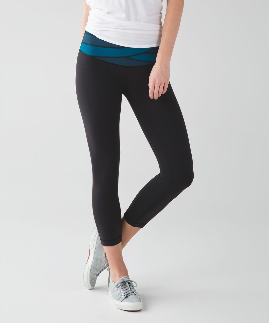 Lululemon Wunder Under Crop III - Black / Tofino Teal / Alberta Lake