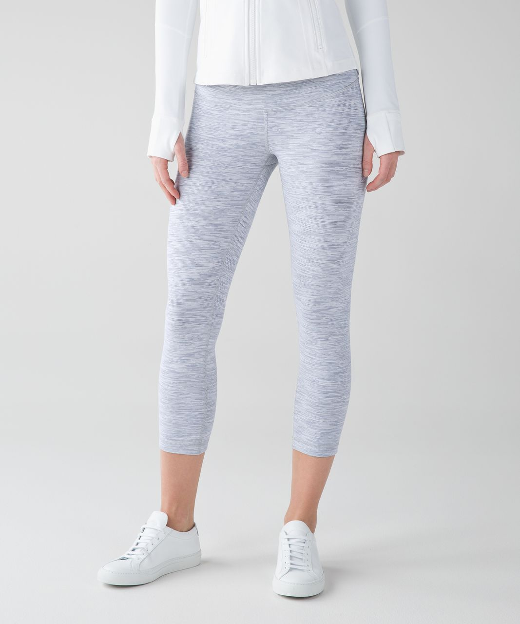 Lululemon Wunder Under Crop III - Wee Are From Space Nimbus Battleship