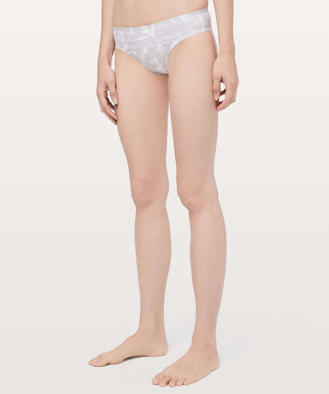 Lululemon Explore The Shore Bottom - Mini Flower Pop White Silver Lilac
