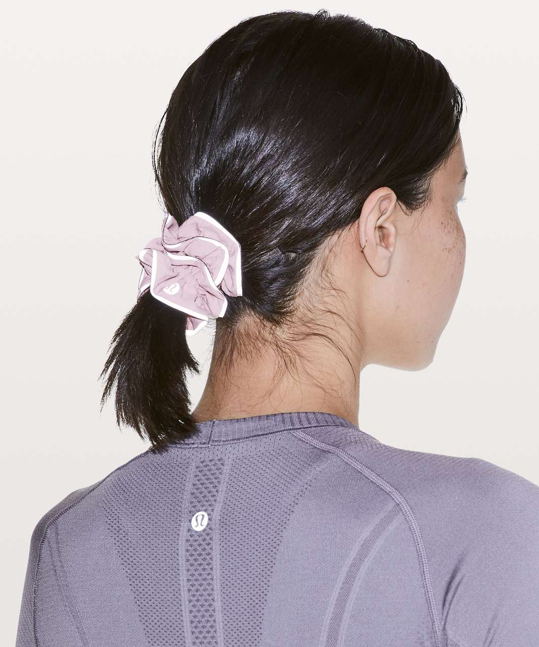 Lululemon Light Locks Scrunchie II - Pink Bliss