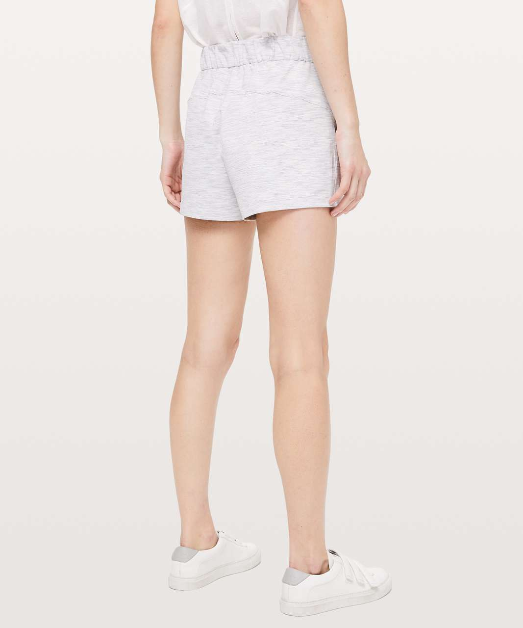 """Lululemon On The Fly Short *2.5"""" - Wee Are From Space Nimbus Battleship"""