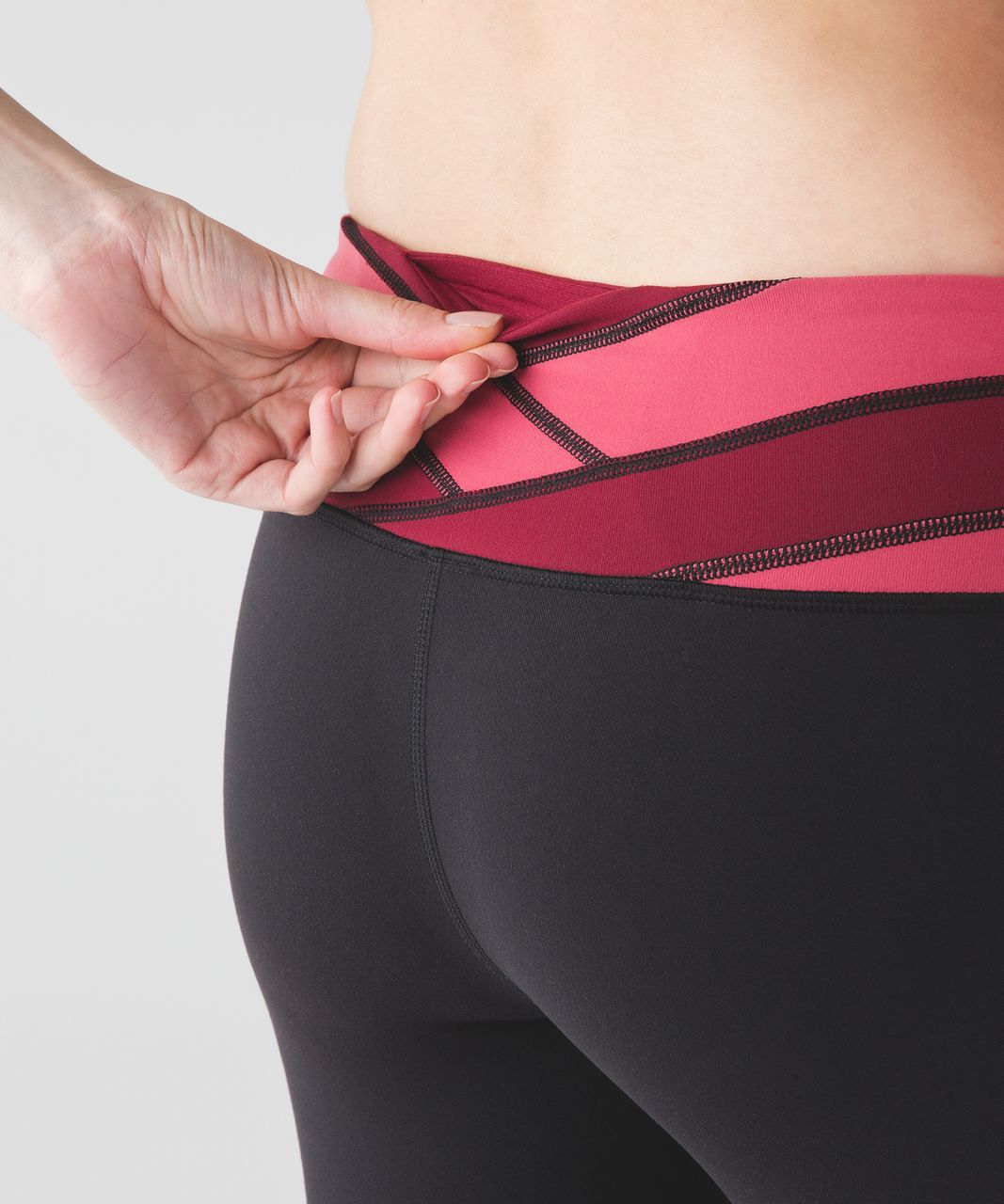 Lululemon Wunder Under Pant III - Black / Fireside Red / Rosewood