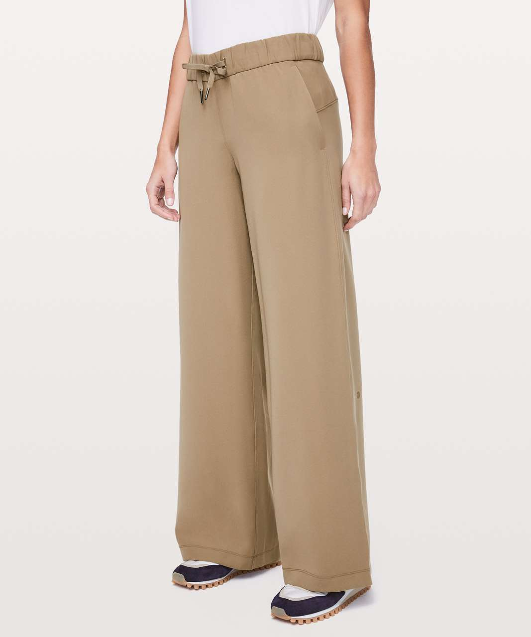 8846ff1607 Lululemon On The Fly Pant *Wide Leg Woven 31.5