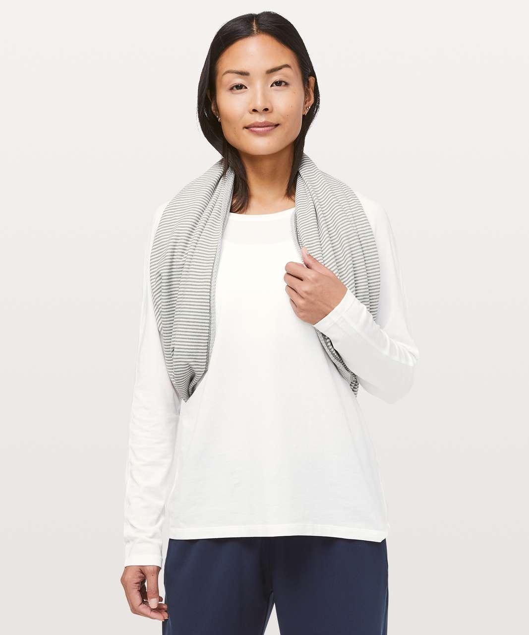 Lululemon Vinyasa Scarf *Rulu - Mini Check Pique Grey Sage Heathered White