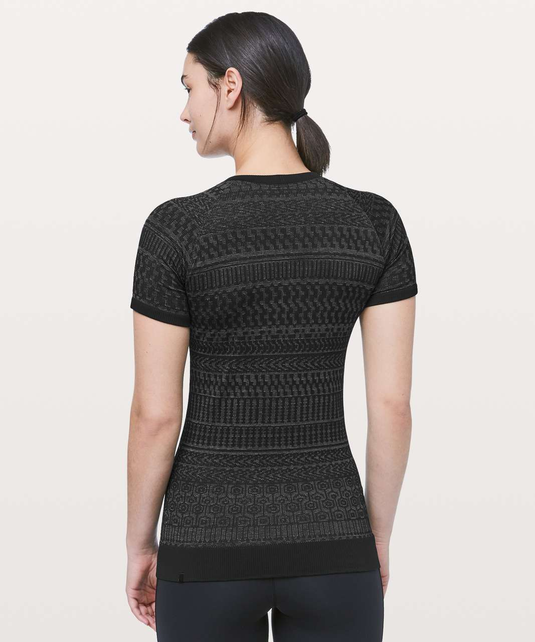 Lululemon Rest Less Short Sleeve - Black / White