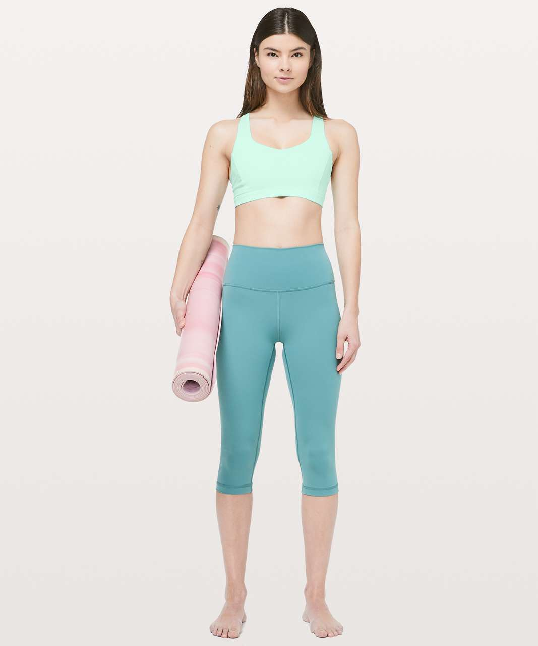 Lululemon Free To Be Serene Bra - Toothpaste