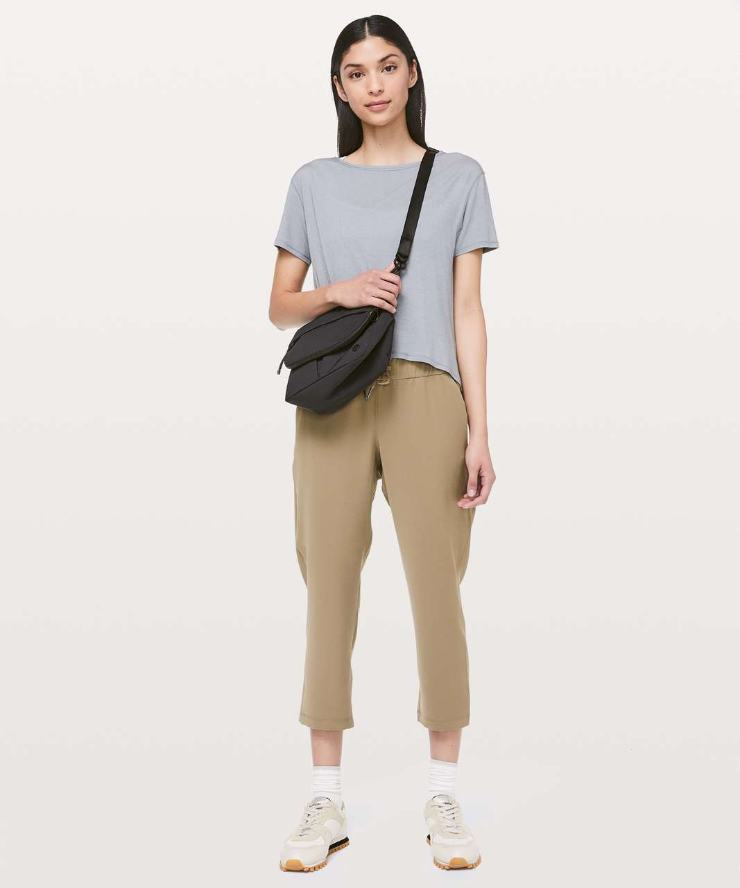 "Lululemon On The Fly Crop *Woven 23"" - Frontier"
